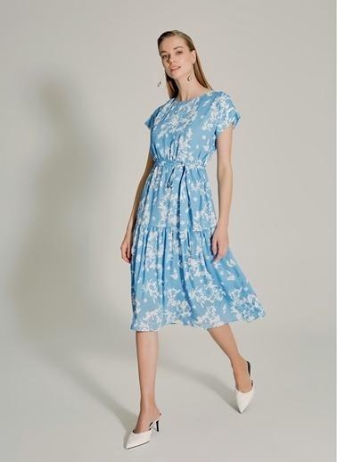 NGSTYLE Çiçek Desenli Volanlı Elbise Mavi